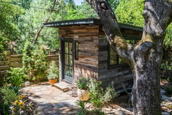 Cabin, Granny Unit, ADU on a Secluded Property in Wine Country
