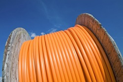 Cable drum, fibre-optic.