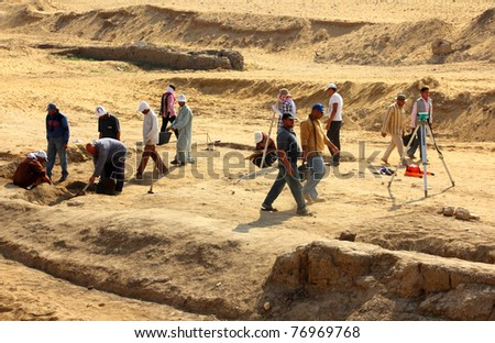 CAIRO, EGYPT - NOVEMBER 21: archaeological digging near statue of Sphinx on November 21, 2010 in Cairo, Egypt