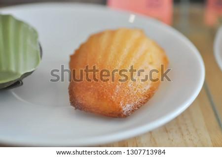 cake, cheese cake or orange cake