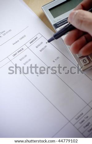 calculating amount