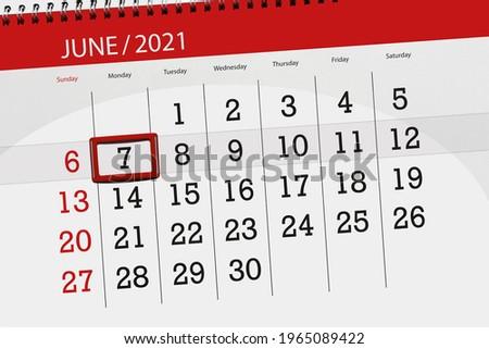 Wake Tech 2022 2023 Calendar.Shutterstock Puzzlepix