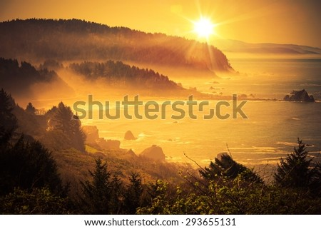 Stock Photo California Coastal Sunset. Shoreline Between Crescent City and Eureka in Northern California, United States. Scenic Sunset.