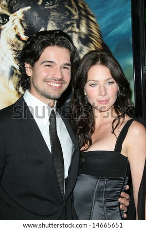 CALIFORNIA - 5 MARCH: Lynn Collins, Steven Strait at the 10,000 B C. Premiere at the Grauman's Chinese Theatre on the 5th March 2008. - stock photo