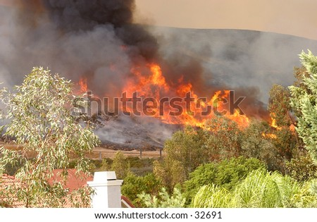 California Wildfire approaching Homes