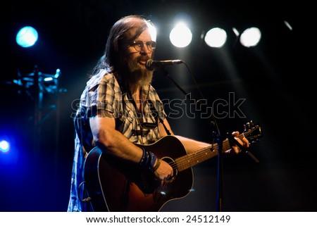 CAMBRIDGE UK, JULY 27 2007: Steve Earle, American contemporary folk singer performing at the Cambridge Folk Festival UK july 27, 2007