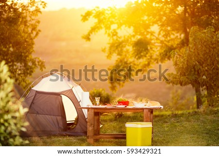 camping family table on vacation