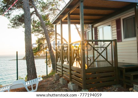 camping houses on the campsite