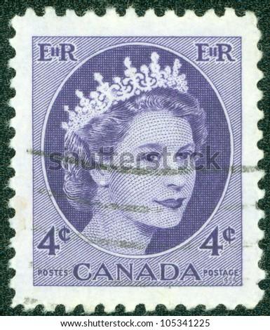 CANADA - CIRCA 1962: A stamp printed in Canada shows Queen Elizabeth II, circa 1954