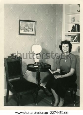 canada   circa 1940s  vintage...
