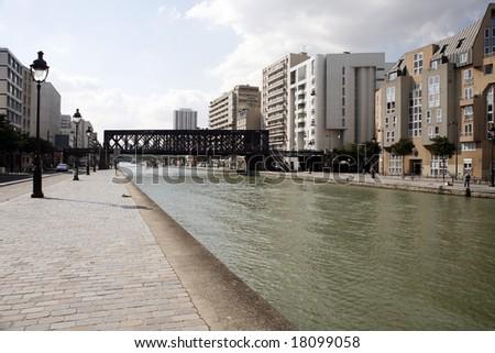 Canal de l Ourcq Paris