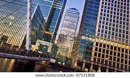 Canary Wharf is a large business and shopping development in East London. London's traditional financial centre. Stockfoto ©