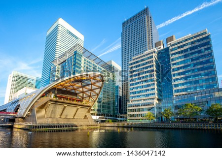 Canary Wharf on the Isle of Dogs in London, uk  #1436047142