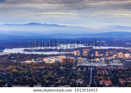 Canberra City in Autumn