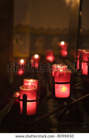 CANDELS IN THE CHAPEL AT THE SAN JUAN CAPISTRANO MISSION