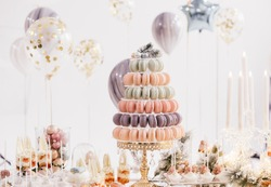 candy bar with balls, macaroon on candy bar, candy bar on holiday, candy bar at the wedding