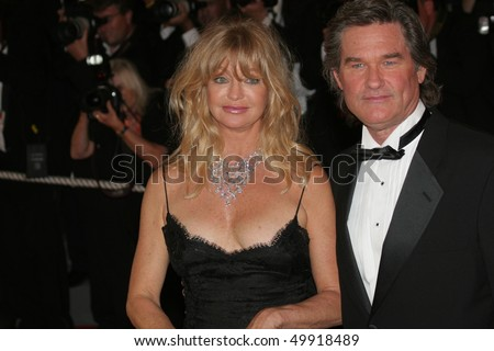 22: Actors Goldie Hawn and Kurt Russell attend the premiere of 'Death