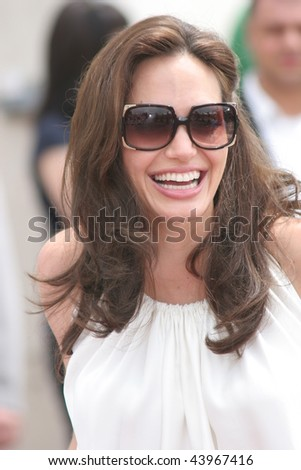 CANNES, FRANCE - MAY 15: Angelina Jolie attends the 'Kung Fu Panda' photocall at the Palais des Festivals during the 61st Cannes International Film Festival on May 15, 2008 in Cannes, France.