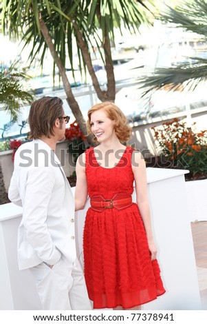 CANNES, FRANCE - MAY 16: Brad Pitt, Jessica Chastain  attend 'The Tree Of Life' photocall during the 64th Annual Cannes Film Festival at Palais des Festivals on May 16, 2011 in Cannes, France