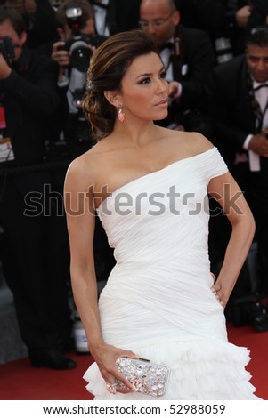 CANNES, FRANCE - MAY 12: Eva Longoria Parker attend the 'Robin Hood' Premiere at the Palais des Festivals during the 63rd Cannes Film Festival on May 12, 2010 in Cannes, France