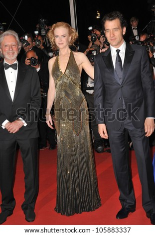 """CANNES, FRANCE - MAY 25, 2012: Nicole Kidman, Clive Owen & director David Cronenberg (left) at the premiere """"Hemingway & Gellhorn"""" in Cannes. May 25, 2012  Cannes, France - stock photo"""
