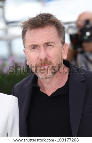 CANNES, FRANCE - MAY 19: Un Certain Regard Jury President Tim Roth attends the Un Certain Regard Photocall during the 65 Cannes Film Festival at Palais des Festivals on May 19, 2012 in Cannes, France