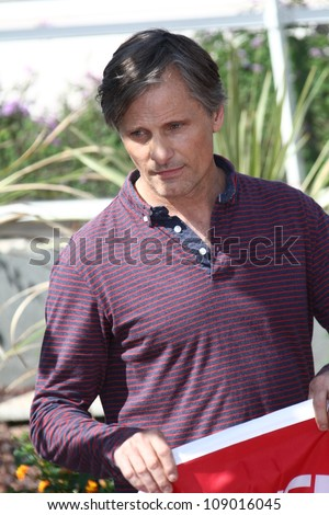 CANNES, FRANCE - MAY 23: Viggo Mortensen  attends the 'On The Road' Photocall during the - 65th Annual Cannes Film Festival at Palais des Festivals on May 23, 2012 in Cannes, France.