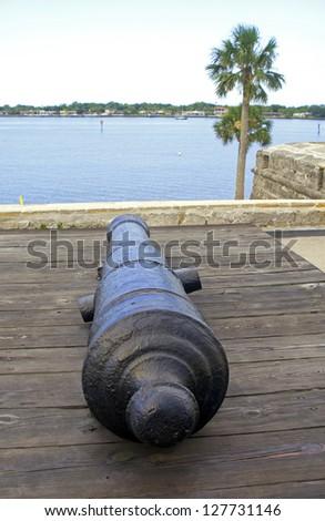 Canon from the 16th century aiming at the bay and sea, Castillo de San Marcos, Florida