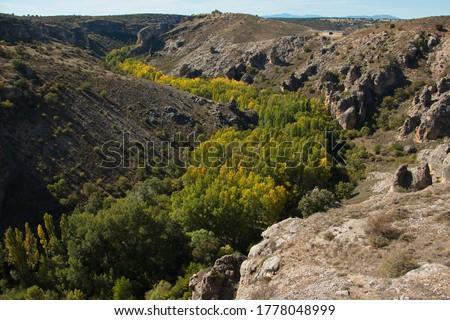 Canyon of Rio Dulce in park Barranco del Rio Dulce, Guadalajara, Spain  Foto stock ©