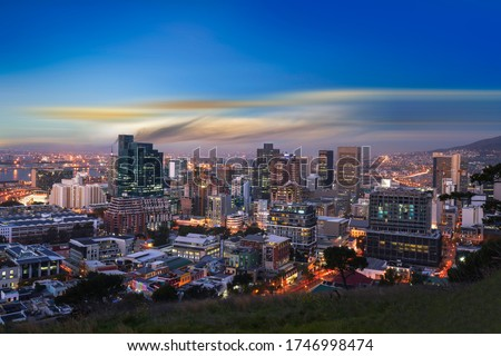 Cape Town city CBD skylines at night just after sunset ストックフォト ©