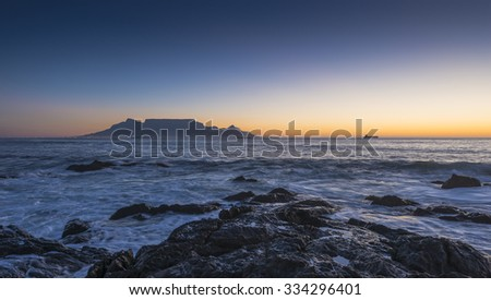 Cape Town Table Mountains Iconic Flat Top Seen From Blouberg Strand - Table top mountain south africa