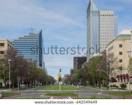 Capitol Mall Boulevard is a major street and landscaped parkway in the state capital city of Sacramento, California. #642549649