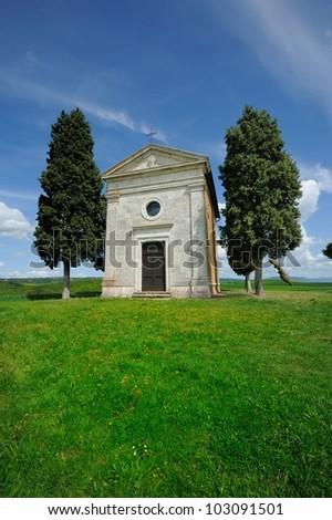Cappella di Vitaleta , Val d'Orcia in Tuscany, Italy.