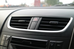 Car air conditioning system grid panel on console