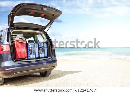 car on beach  ストックフォト ©