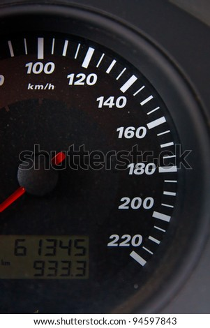 Car tachometer of a stopped car