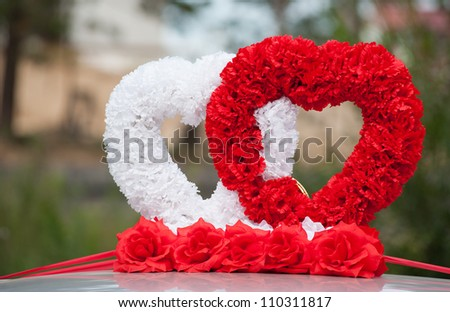 car wedding decoration - two hearts of fabric flowers
