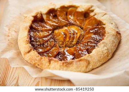 caramel dessert with apples