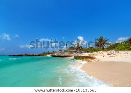 Caribbean Sea scenery in Playa del Carmen, Mexico