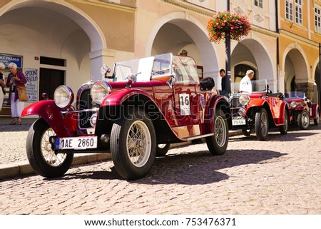 cars in vintage cars show  ...