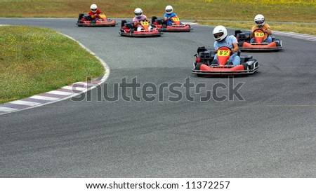 Cars of Kart in closed circuit of competition.