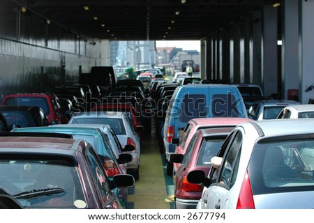 Cars waiting in the heavy traffic
