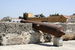 Cartagena Wall Cannon *** Local Caption *** Cartagena Wall Cannon