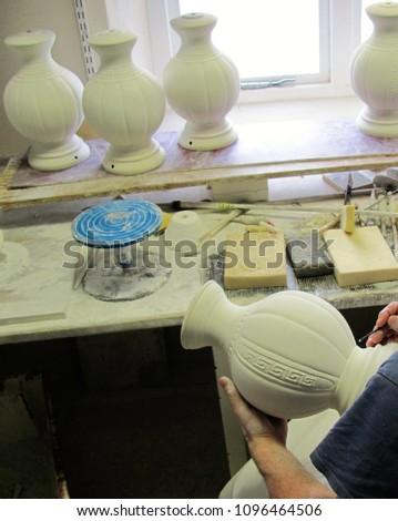 Carving Porcelain Vases Irish Porcelain in the Making Handcrafted Irish Porcelain Stok fotoğraf ©