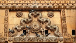 Carvings on top of Surya Gate at Jaisalmer Fort, Jaisalmer, Rajasthan, India. It was built in 1156 AD by the Rajput Rawal (ruler) Jaisal from whom it derives its name.