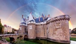 Castle Ducs de Bretagne with rainbow, Nantes - France