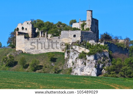 Castle Falkenstein is a relatively intact castle ruin built in the 11th century in the village of the same name in lower Austria near the border to the Czech republic