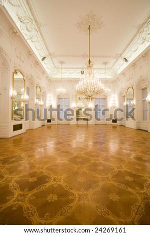 castle interior, mirror room