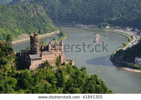 Castle Katz and the river Rhine