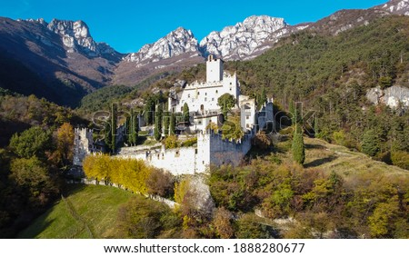 Castle of Avio in Trento province, Vallagarina, Trentino Alto Adige, northern italy,europe. Sabbionara medieval castle. Foto stock ©